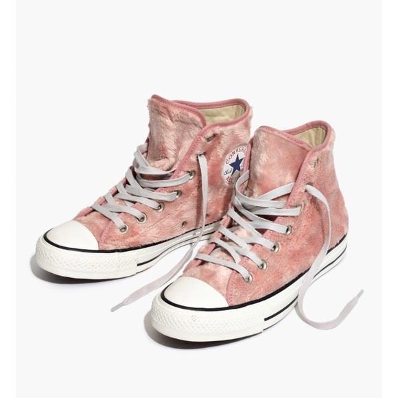 pink converse with fur \u003e Clearance shop